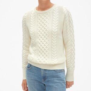 Gap knit sweater in white size medium
